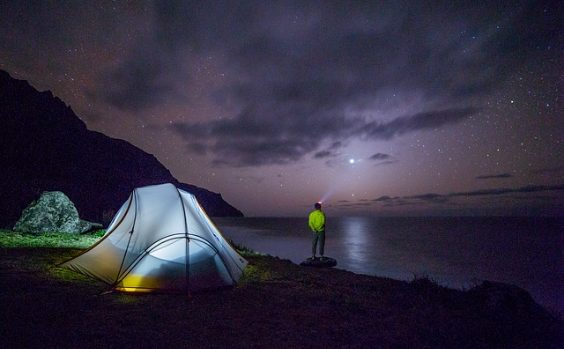 camping wandern nacht sterne